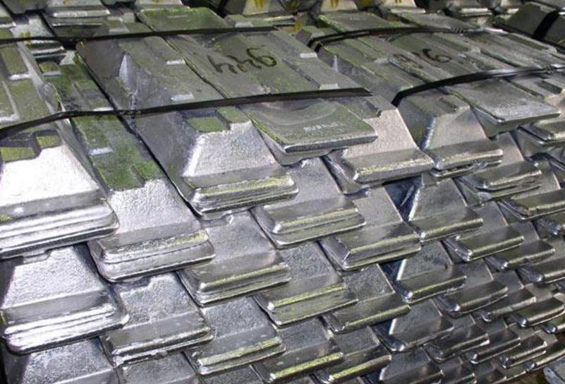 производство алюминия увеличилось на 7%